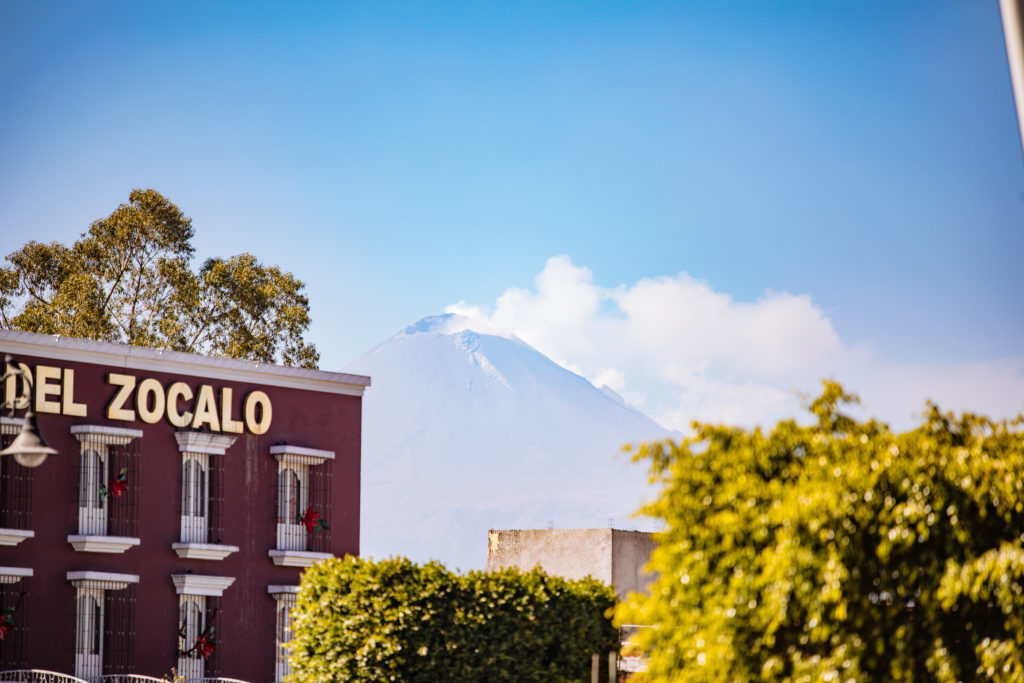 Popo vom zócalo San Pedro Cholula