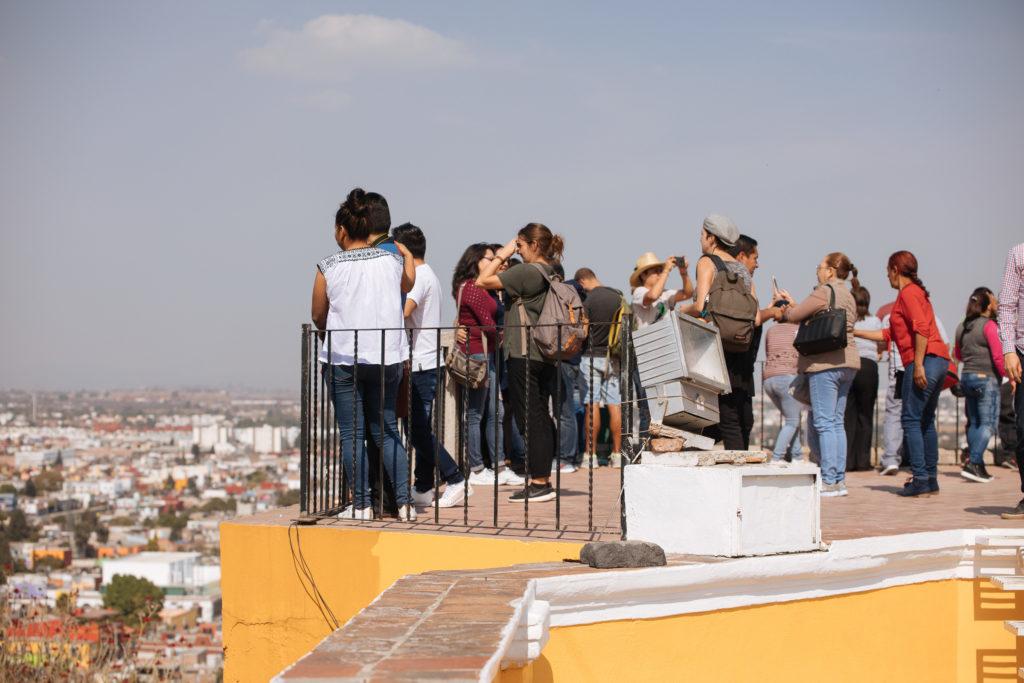 Besucher auf der Pyramide Cholula