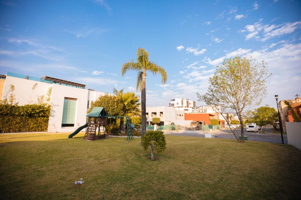 Spielplatz 2 in Lomas 3-3-3