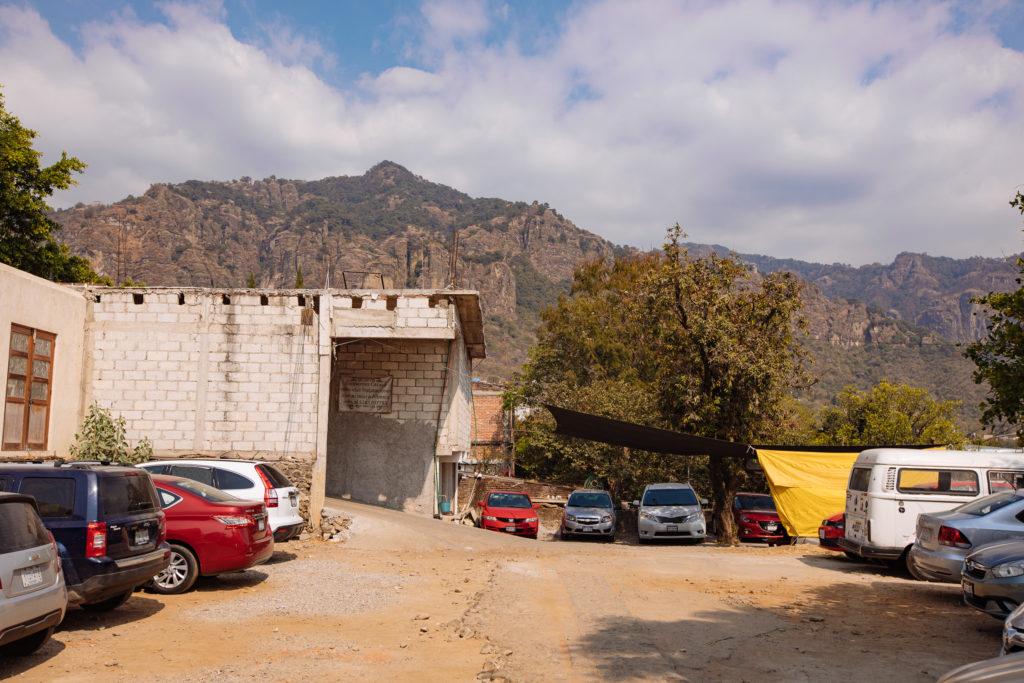 Parkplatz in Tepoztlán