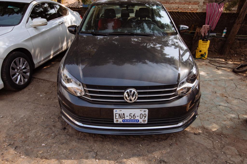 VW Vento auf dem Parkplatz
