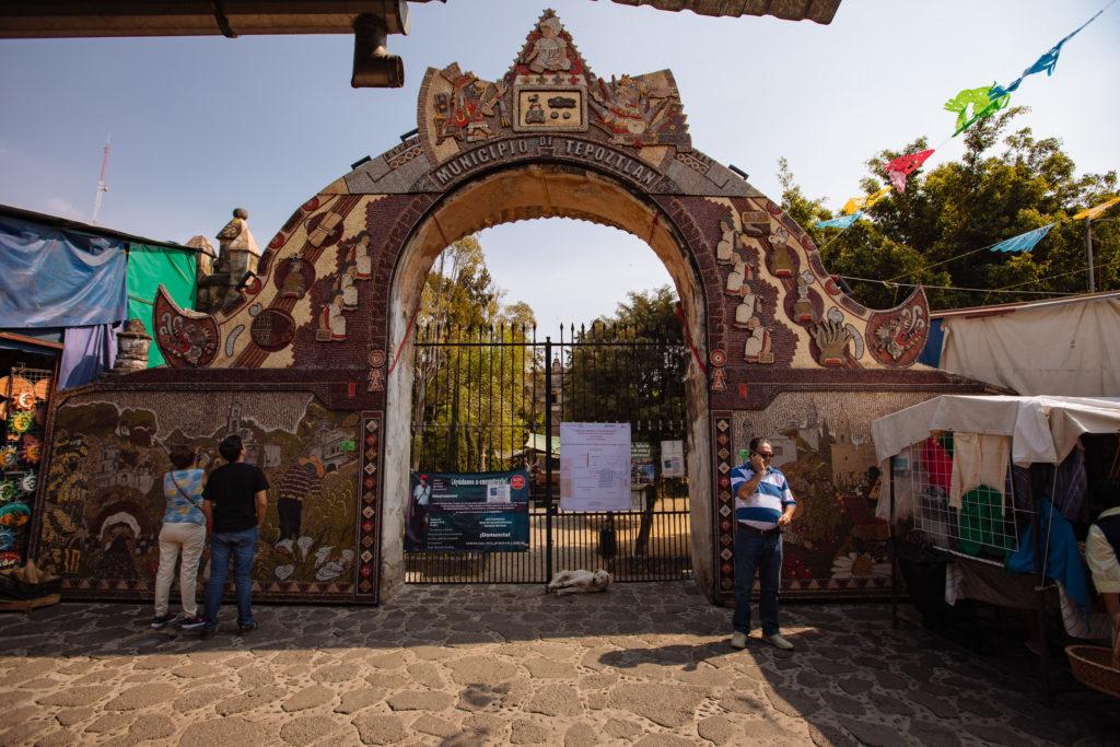 Das Hülsenfrüchtetor in Tepoztlán