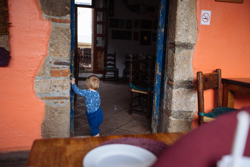 Kind zwei im La Luna Mextli
