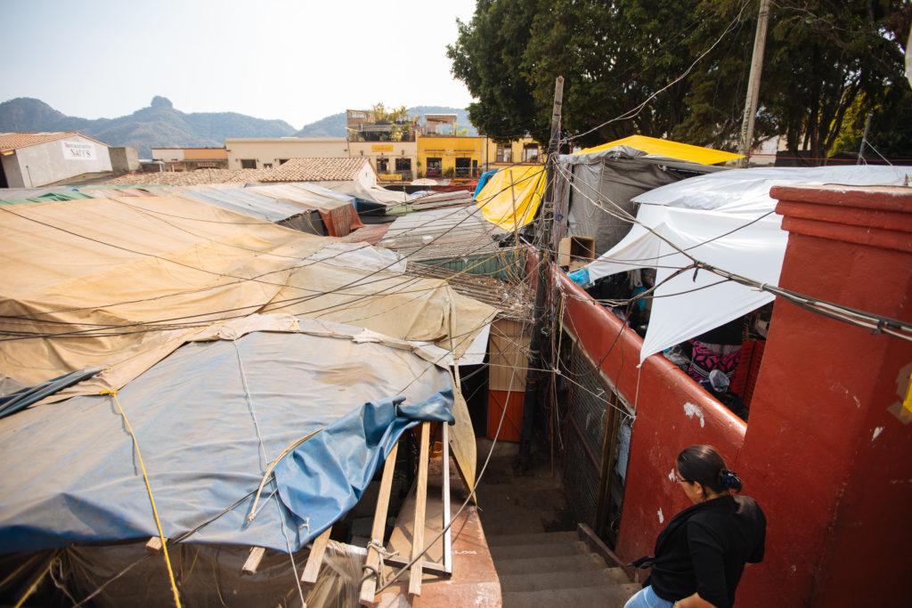 Verkabelung und Seile am mercado
