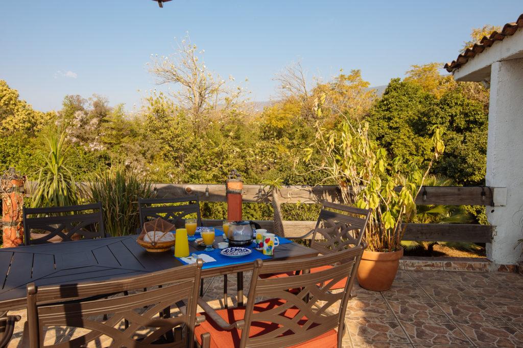 Frühstück auf der Terrasse der Finca La Casona