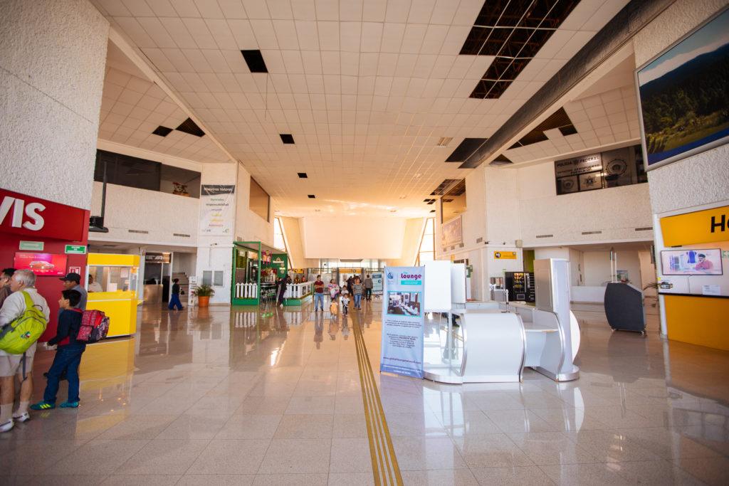 Richtung Security am Flughafen Puebla