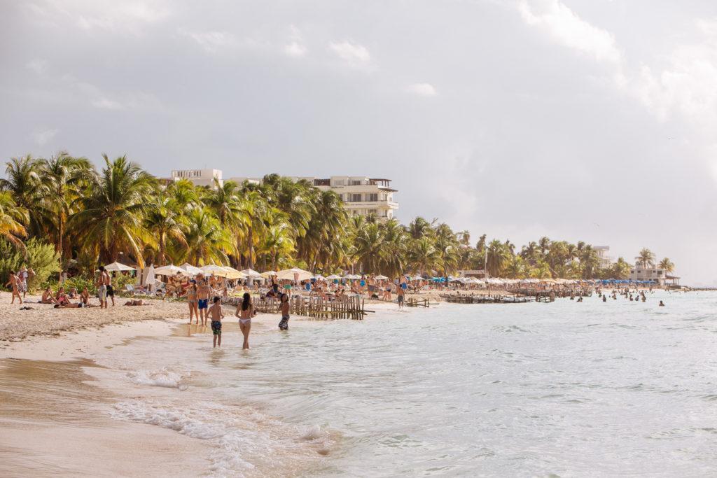 Strand, Wasser und Palmen, Playa Norte, Isla Mujeres