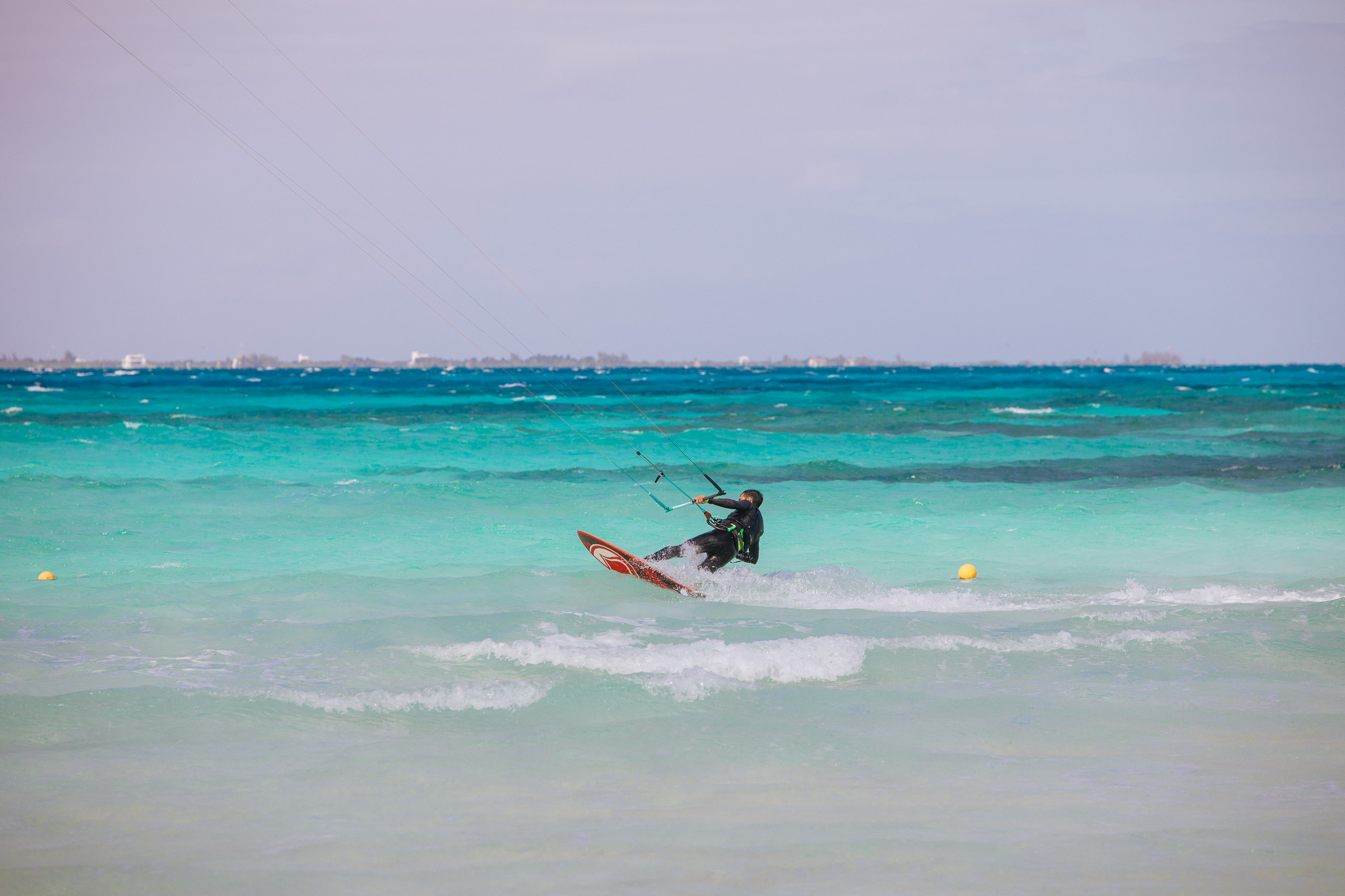 Kitesurfer vor Isla Mujeres