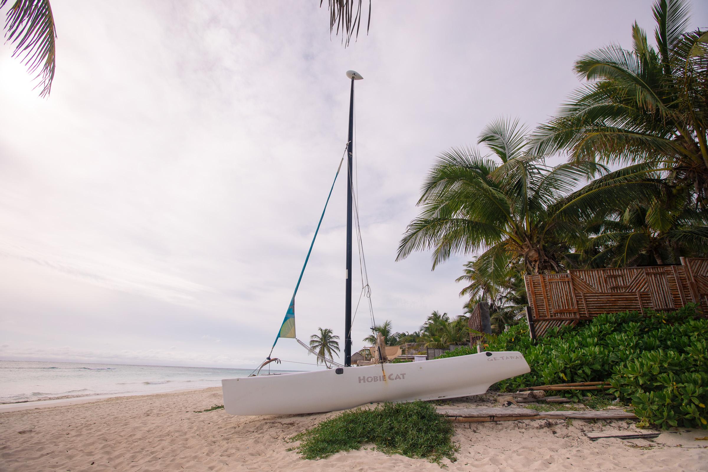Katamaran der Playa Xcanan