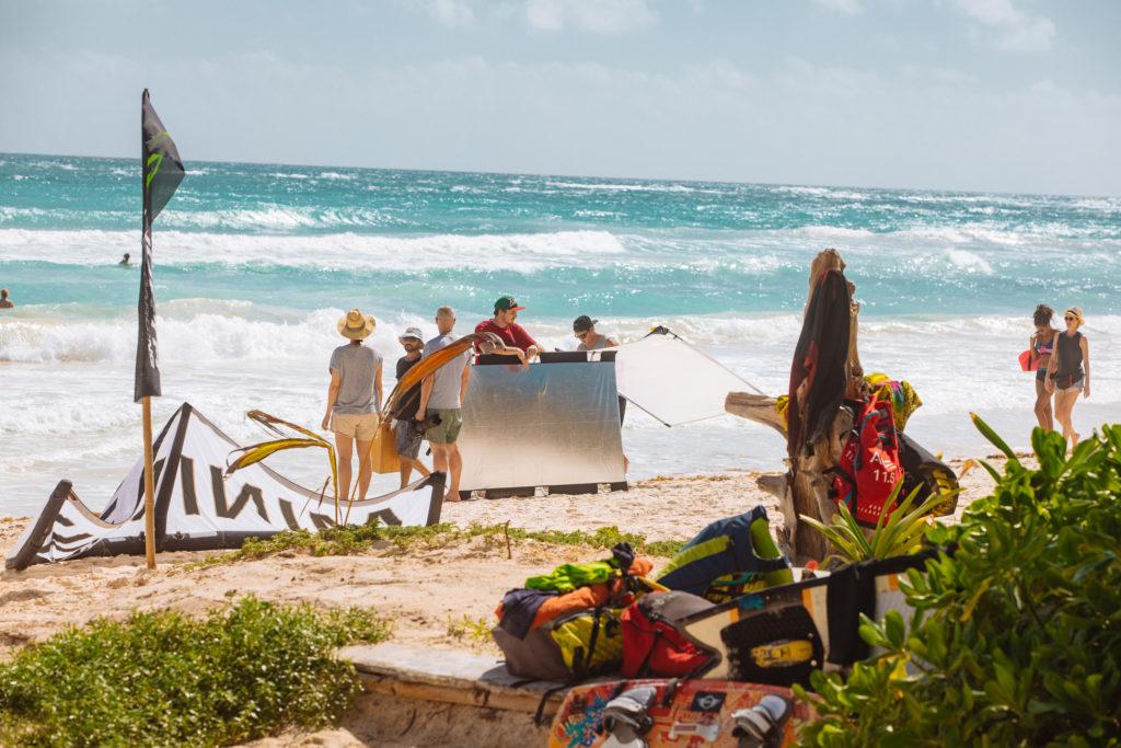 Vorbereitung aufs Fotoshoot am Strand