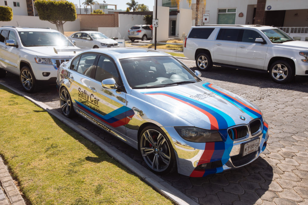 Verchromter BMW