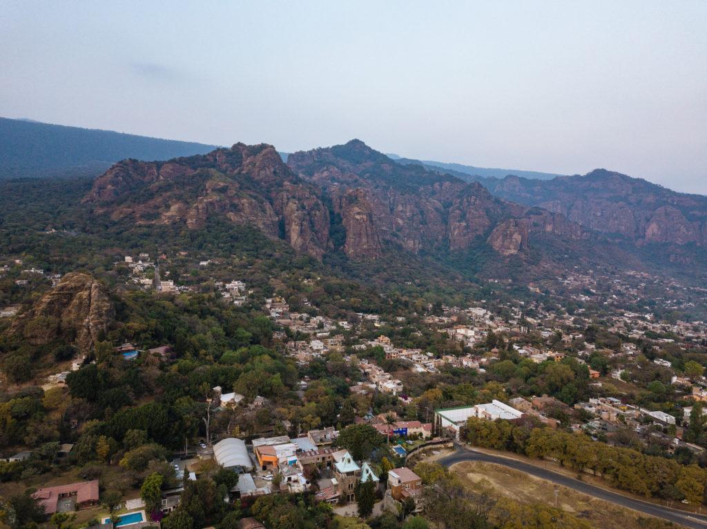Drohnenbild Tepoztlán, Berge