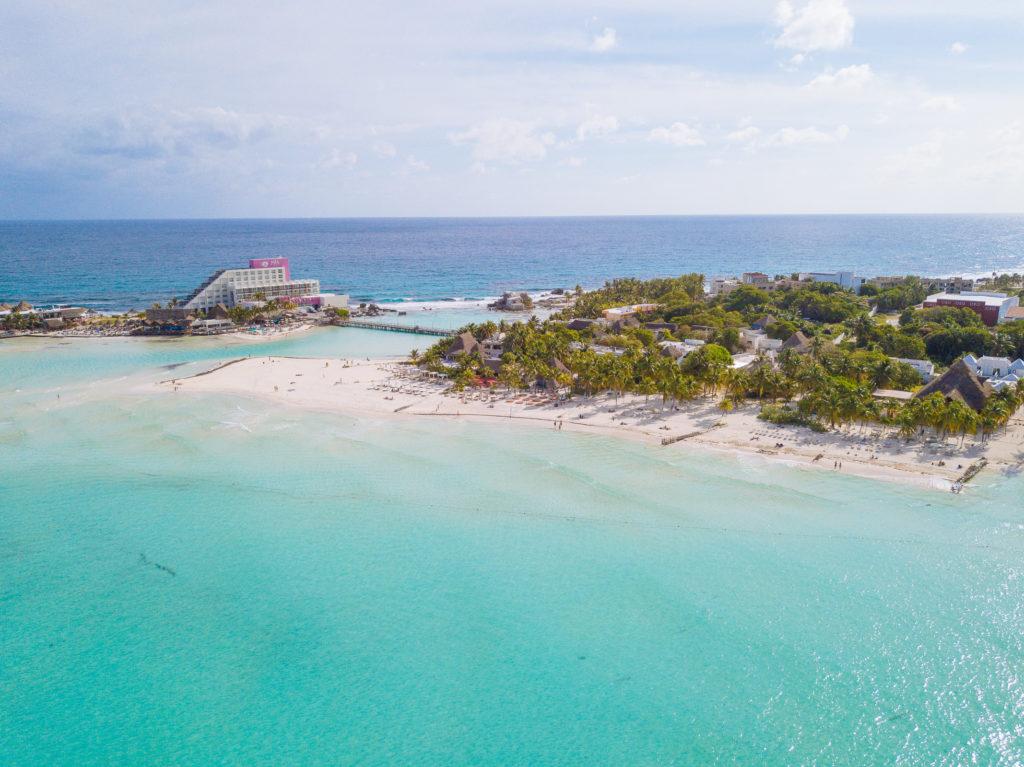 Blick Richtung Mia Reef Resort mit der Drohne