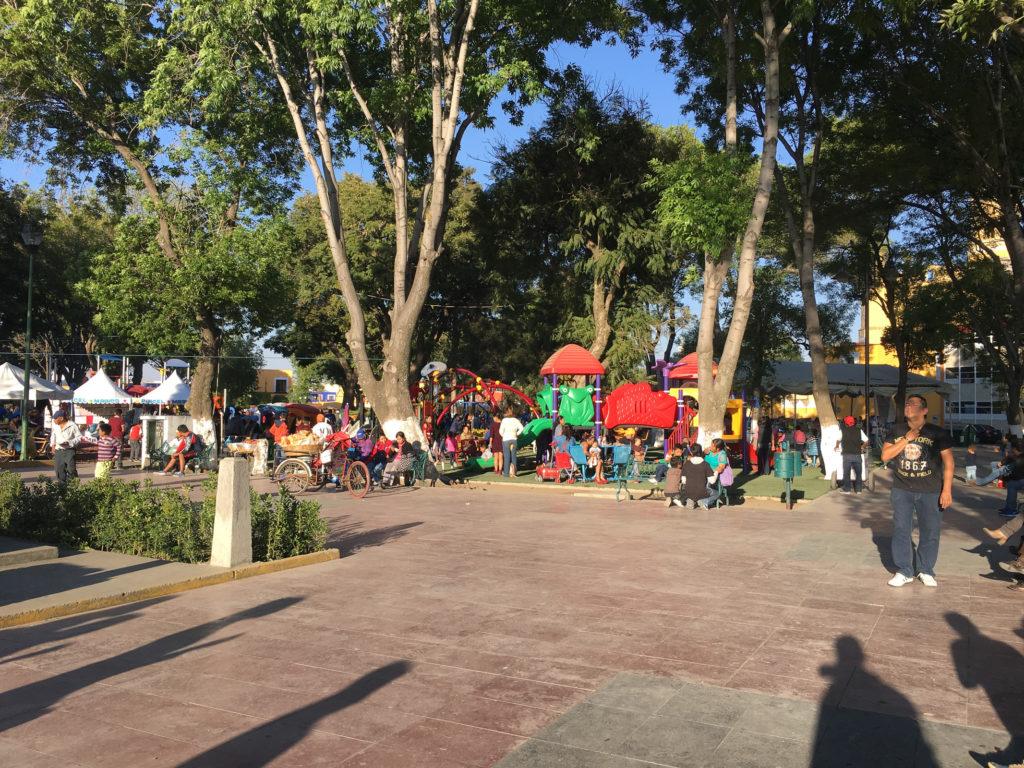 Spielplatz auf dem zócalo von Cholula
