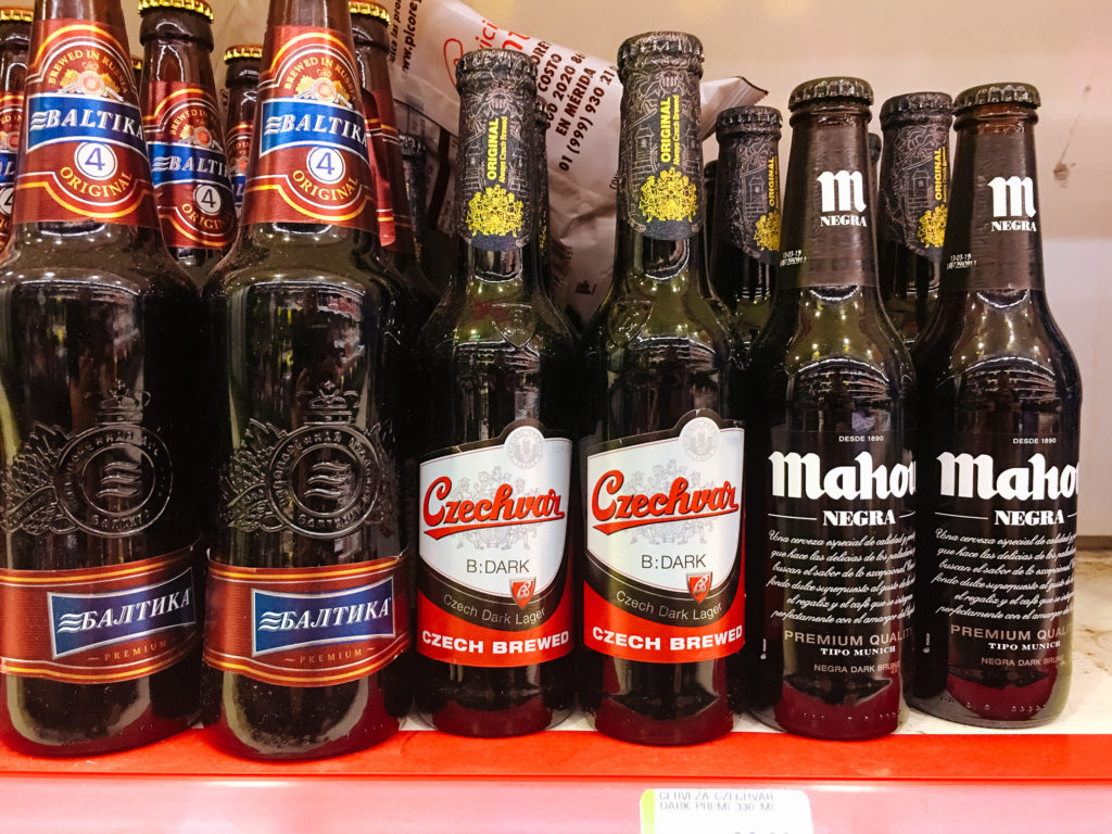 Budweiser / Czechvar B:dark im Súper Aki