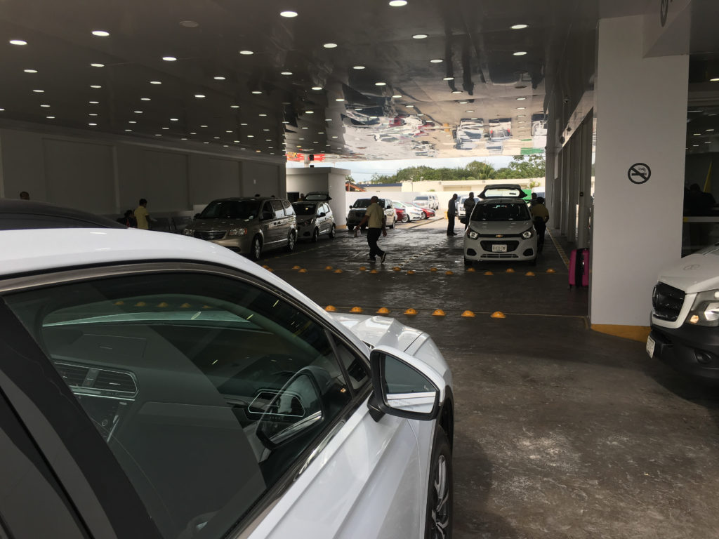 Hertz-Vermietung Cancun aeropuerto